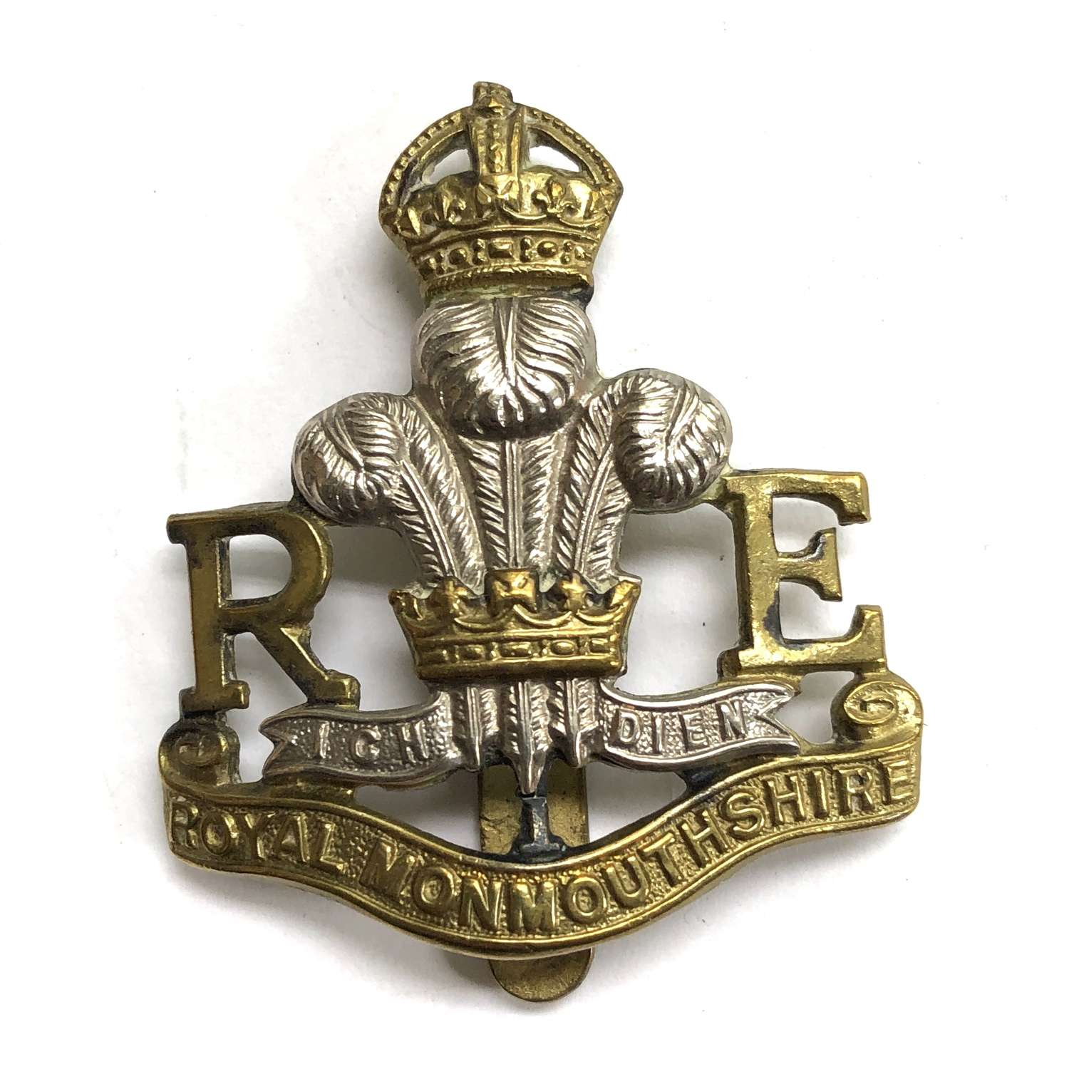Royal Monmouthshire R.Engineers (Militia) pre 1953 cap badge by Gaunt