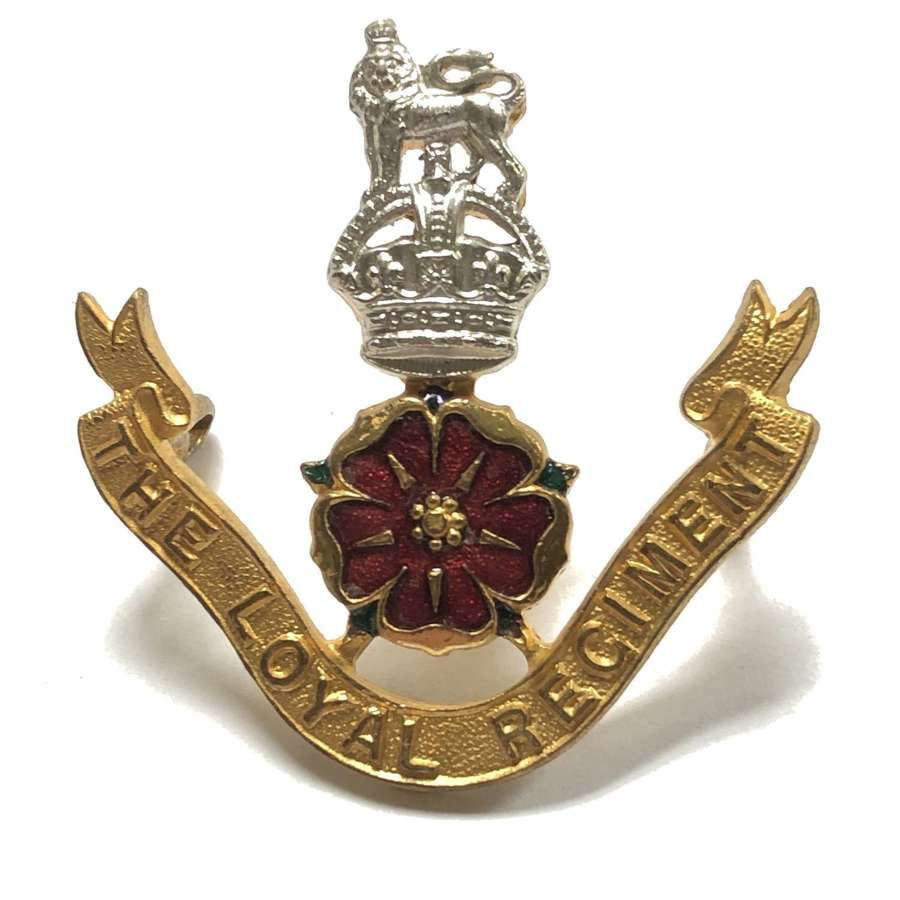 The Loyal Regiment Officer's cap badge by Gaunt circa 1920-52