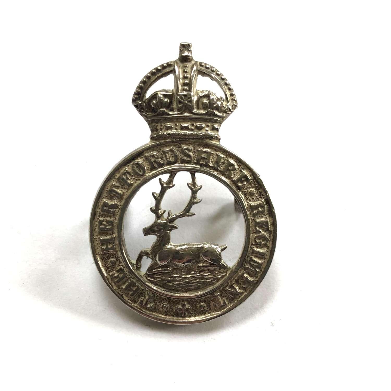 Hertfordshire Regiment Officer's cap badge by J.R. Gaunt, London