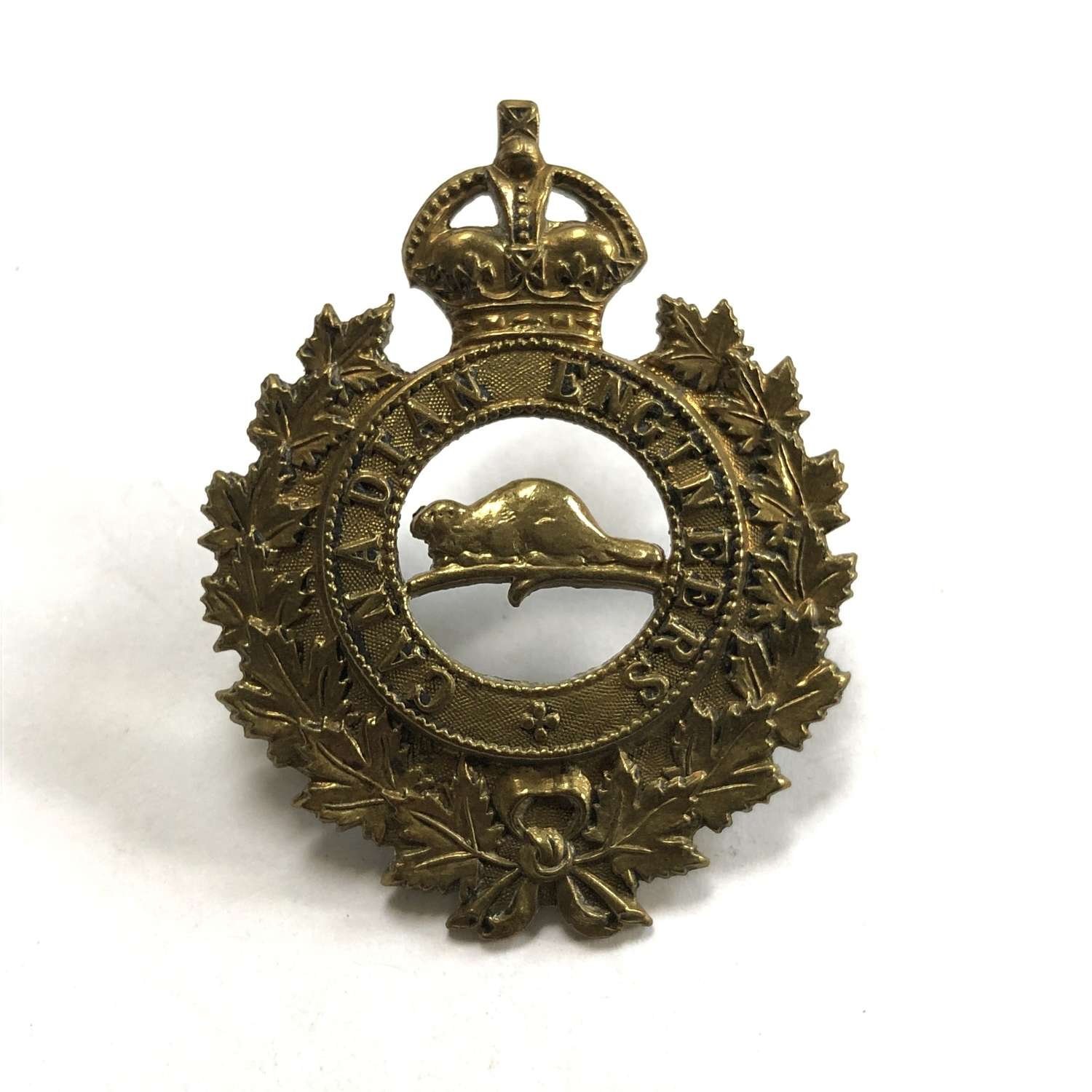 Canadian Engineers 1917 cap badge by Roden Bros Ld, Toronto