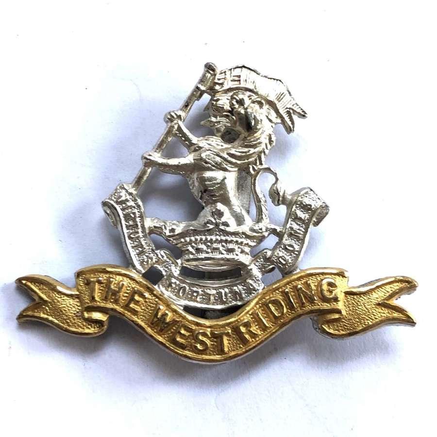 Duke of Wellington's West Riding Regt Officer's cap badge by Gauntt