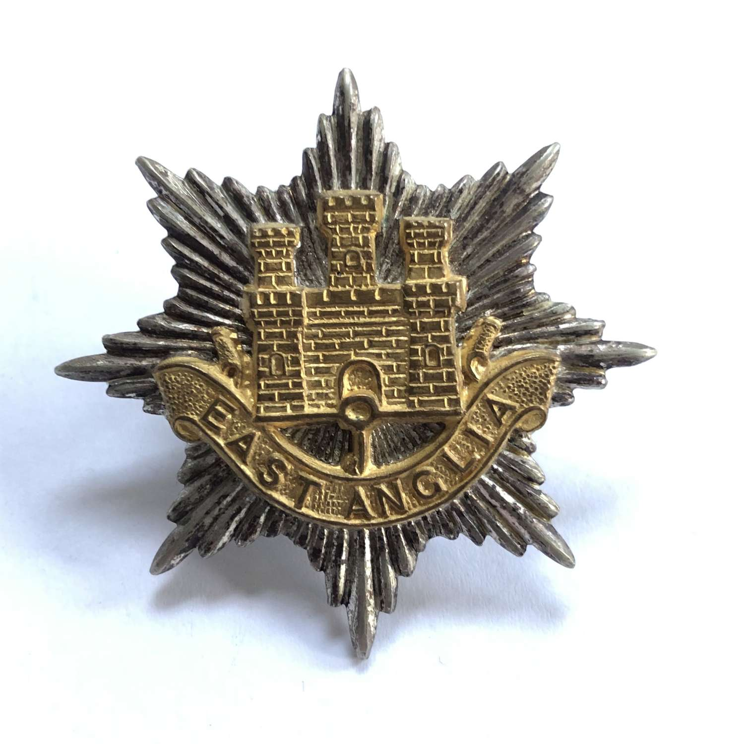 East Anglian Brigade Officer's silvered and gilt cap badge c1948-68