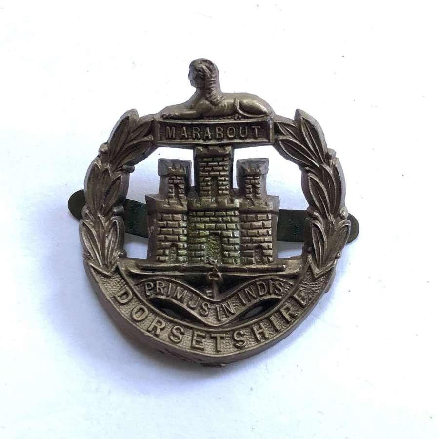 Dorsetshire Regiment WW2 plastic economy cap badge